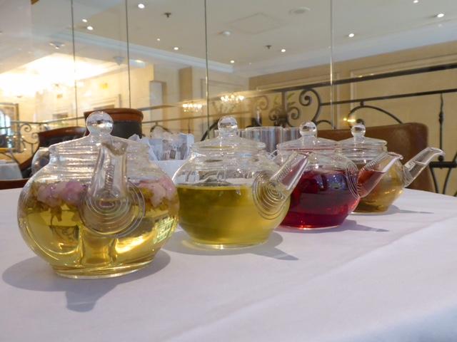 chá da tarde em paris
