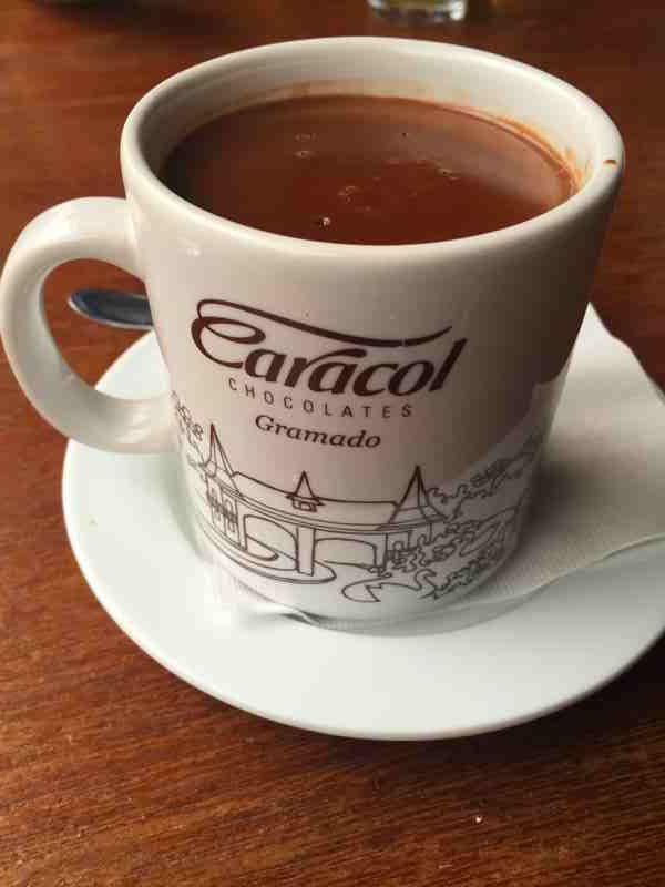 chocolate quente gramado
